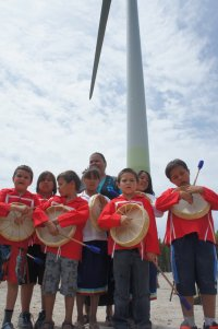 Happy children's' faces at M'Chigeeng First Nation – seeing the wind turbines turn on for the first time. 4MW wind farm completed by 3G in 2012. Project is 100% owned by the M'Chigeeng First Nation.